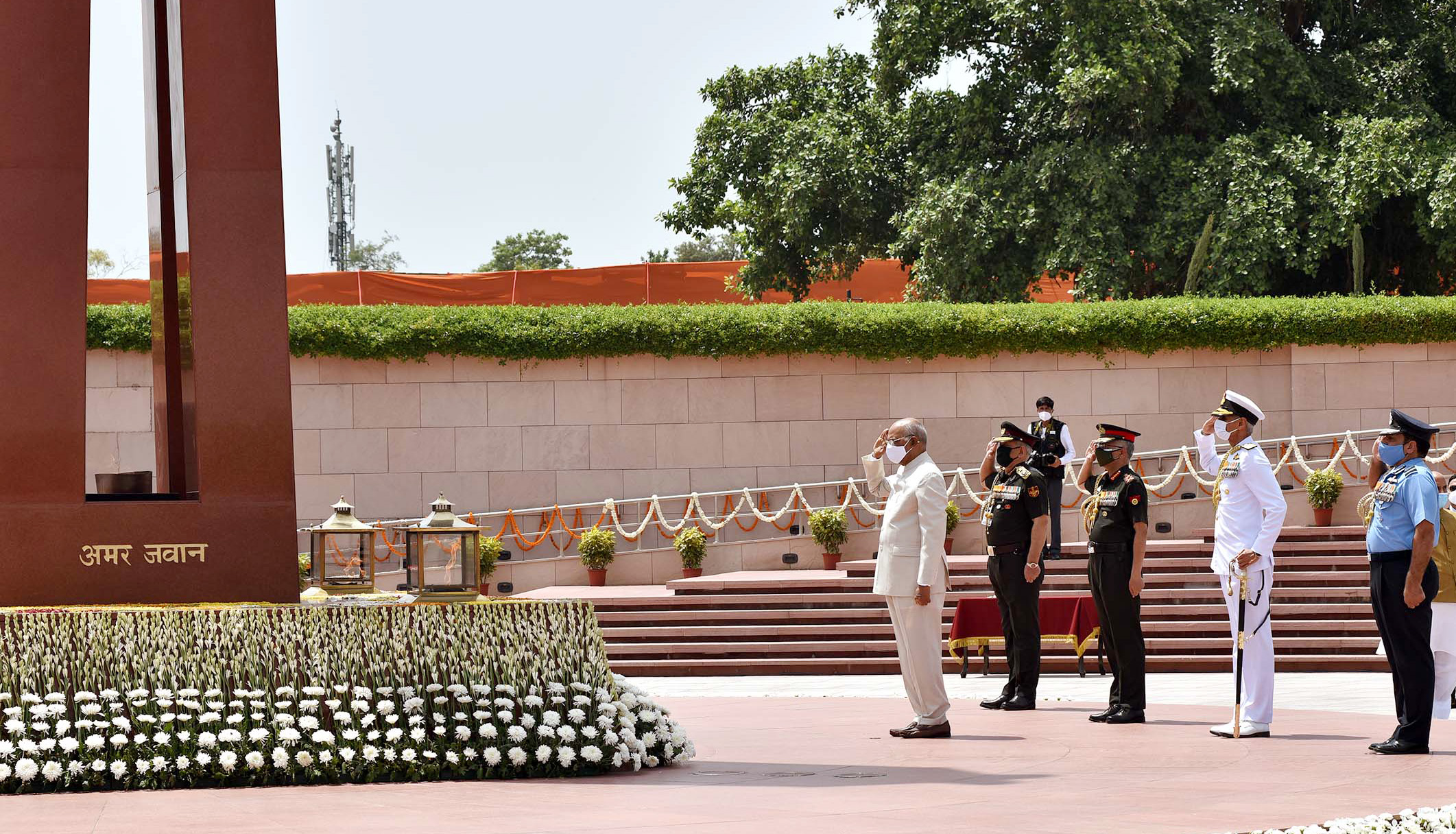 President Ram Nath Kovind paying homage at the National War Memorial, on the 75th Independence Day, in New Delhi on August 15, 2021